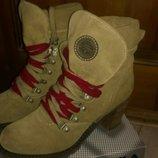 Ботинки замшевые Tamaris