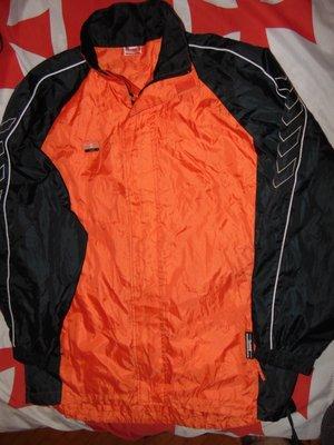 Спортивная фирменная курточка ветровка бренд Hummel Хаммель .л-хл