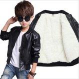 Шикарная курточки с мягкой екокожи р. 90-150