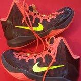 Фирменные кроссовки Nike zoom 7
