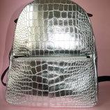 Городской рюкзак Leather Country Италия, натур. кожа серебро, золот, черн.