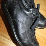 38 разм. Вечные туфли Camper. Кожа. очень стильные Длина по внутренней стельке до изгиба - 24,5 см.