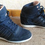 Adidas сникерсы р40,5