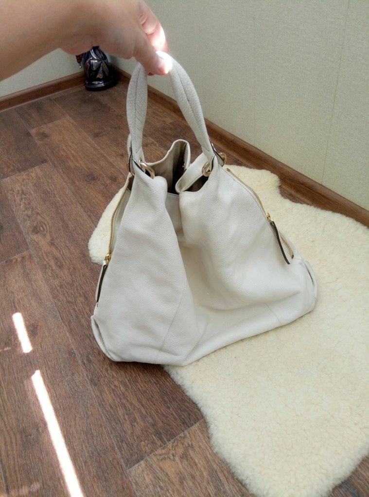 8c78a86c74fc Продано: Сумка FURLA кожа - сумки средних размеров в Николаеве, объявление  №18334001 Клубок (ранее Клумба)