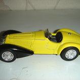 Машинка металлическая ALFA ROMMEO 1938 8С 2900. 1 43