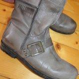 40 разм. Сапоги - ботинки Palladium. Кожа Длина по внутренней стельке- 26,5 см., ширина подошвы - 9