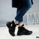 Зимние ботинки в стиле DSQU RED2 .
