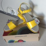 Кожаные сандалии на девочку подростка Umi - размер 34