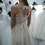 Шикарное свадебное платье, s-m. Цвет пудра, идеальное состояние