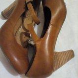 Женские кожаные туфли roots 36размер, стелька 23см