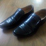 Кожаные туфли T. Taccardi 38 р отличные для школы.