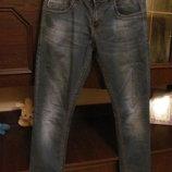 Классные молодежные джинсы