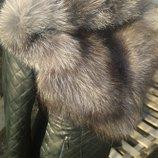 Шикарная куртка из натуральной кожи и капюшоном с натуральным мехом чернобурки