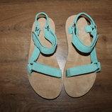 Качественные кожаные сандалии босоножки TEVA, оригинал