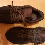 фирменные кроссовочки Adidas