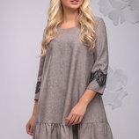 Красивое платье свободного кроя 1035