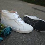 Новые кожаные ботинки хай-топы Clarks. разм. 32. оригинал