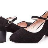 Нарядные женские замшевые черные туфли на небольшом устойчивом каблуке с ремешком большого размера 4
