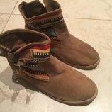 Стильные ботиночки натур замша Andre