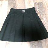 Черная школьная юбочка M&S на девочку 10-11 лет в идеальном состоянии