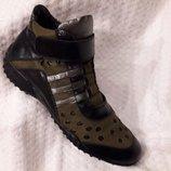Ботиночки кроссовки сникерсы женские кожаные 39р