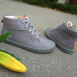 Новые кожаные ботинки хай-топы Clarks. разм.33-34. Оригинал