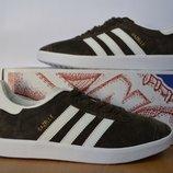 Осенние кроссовки Adidas .
