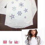 Реглан, кофта h&m france с яркими снежинками, пайетки, белоснежный 134-140см