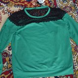костюм Изумрудного цвета с Кружевом