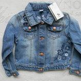 джинсовая курточка TU на 3-5 лет.