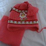 Набор шапка и шарфик с ромашкой и кисточкой