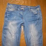 2XS-XS, поб 42-44, узкачи рванки джинсы скинни F&F очень красивые