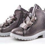 Ботинки для девочки 24-29 размер.Clibee.
