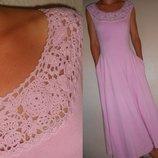 Платье розовое с кружевом 12 40 р.