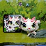 Фигурка пет шоп тигр белый Littlest pet shop Hasbro