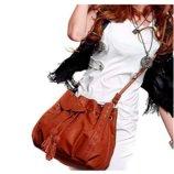 Стильная женская сумка хобо на затяжке В Наличии