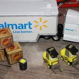 Disney / Pixar Cars эксклюзивный автомобиль Wally Hauler Walmart
