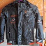 Демисезонная куртка ветровка