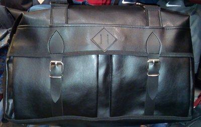 0b8d08c802fe Мужская кожаная дорожная городская сумка . Черная. Previous Next