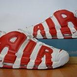 Молодежные кроссовки Nike.