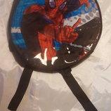 Сумка- рюкзак Детский на плечи круглый Человек Паук фирмы Marvel, б/у