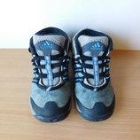 Ботинки Adidas 22-23 р. Стелька 14,6 см.
