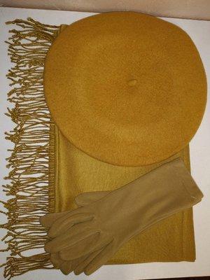 Комплект чешский фетровый берет tonak fezko и палантин с перчатками в тон