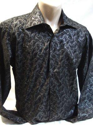 d8238e8c4e0 Рубашка черная с узором огурцы XL   280 грн - рубашки в ...