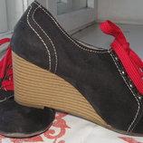 Ботинки на танкетке Graceland