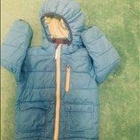 Яркая куртка 4-5 лет