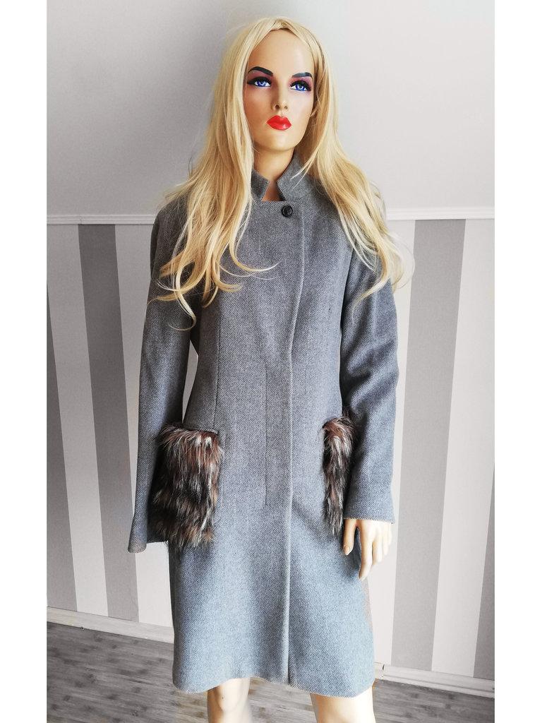 efd1b5f3cd3 Sale -50% серое эксклюзивное шерстяное пальто made in italy Италия  459 грн  - зимняя верхняя одежа в Николаеве