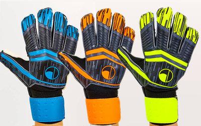 Перчатки вратарские с защитными вставками на пальцах FB-900 3 цвета, размер 8-10