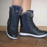 Женские зимние спортивные ботинки на меху