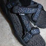 48,5 разм. Фирменные сандалии Teva 32 см. стелька, от края и до края 32,5 см., ширина подошвы - 12,